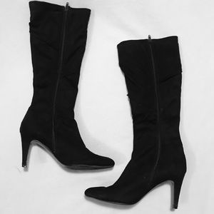 Knee Length Black Suede Boots /w Heel | 9